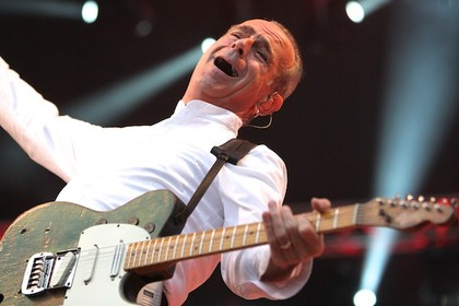 mit the hooters als support - Bericht: Status Quo live in der Rostocker Stadthalle